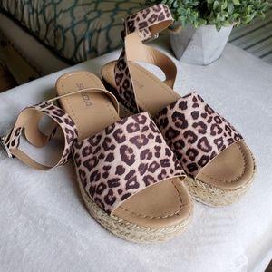 Cheetah Espadrille Flat Women's 7